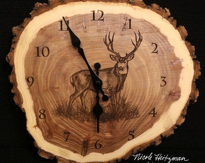 Mule Deer Clock deer hunting art Engraved Wood Clock hunting gift Wildlife art Father's Day gift for Dad men Lodge decor Cabin Art Man cave