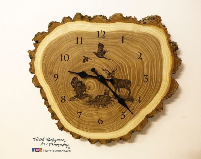 Engraved Wood Clock White-tailed deer Pheasant Turkey Clock Wildlife art Father's Day gift for Dad men Lodge Cabin Art Man cave deer hunting