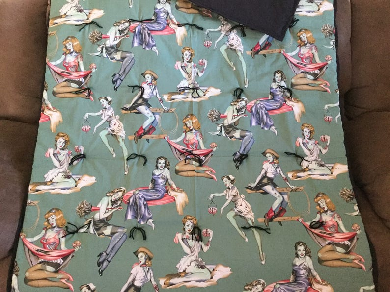 Zombie Pin-up Girls blanket
