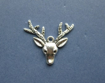 4 Reindeer Charms - Reindeer Pendants - Animal Charms - Deer Charm - Deer Pendant - Deer - Silver Tone - 3.7cm x 3.1cm -- (Q-T1-10561)