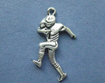 10 Football Player Charms - Football Player Pendant - Football - Sports Charm - Football Charm - Antique Silver - 25mm x 19mm-(No.95--11189)