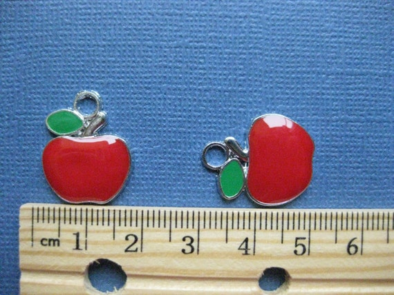 6 Silver Plated Apple Charm Pendant Beads 22MM