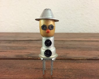 Ira Incognitobot / Tiny Robot Sculpture / Found Object Art / Assemblage Art / Recycled Robot / Handmade