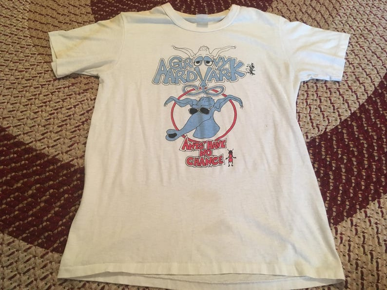d4754833469a5 80 s groovy Aardvark Fourmis ont aucune Chance t-shirt