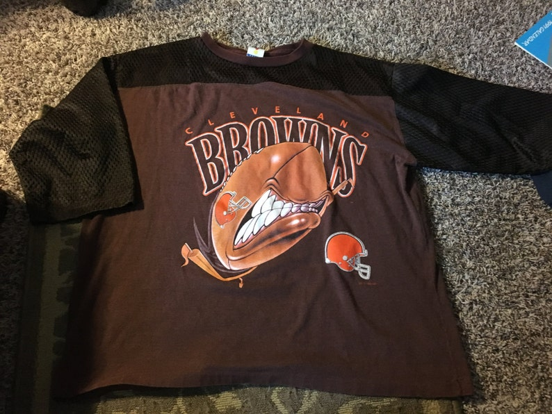 huge discount 440be a0648 1994 Cleveland Browns vintage t-shirt rare old school nfl football sports  sportswear jersey cool awesome weird retro trendy 90s 80s fun htf