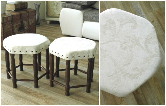 Brilliant 60S Pair Upholstered Foot Stool Hexagon Round Retro White Brocade Ottoman Stool Hand Turned Legs Walnut Wood Footstool Mid Century Furniture Gamerscity Chair Design For Home Gamerscityorg
