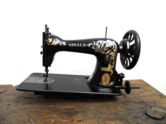40s Antique Singer Sewing Machine Head Unit 40K Black Gold Etsy Inspiration Sewing Machine Vintage Singer
