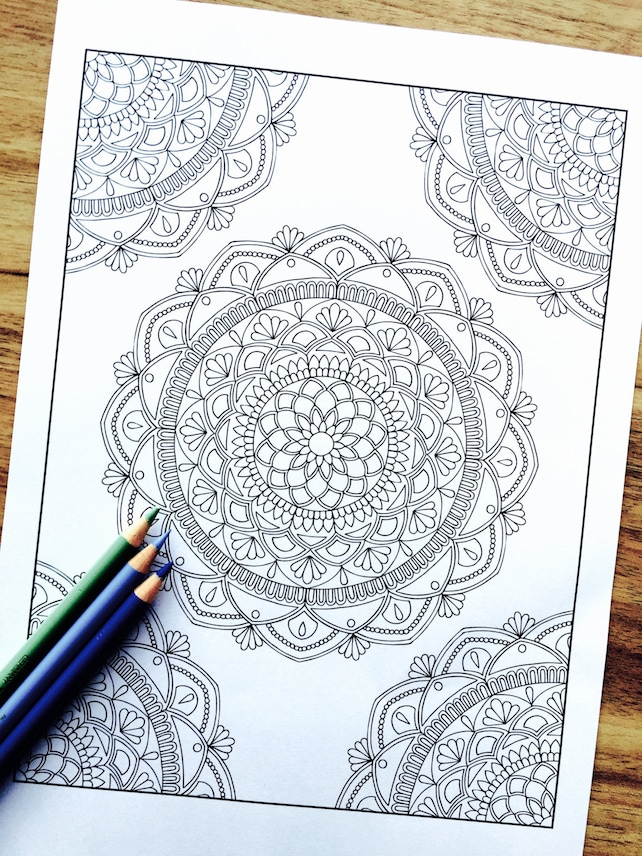 Mandala suerte esquina dibujado a mano colorante adultos | Etsy