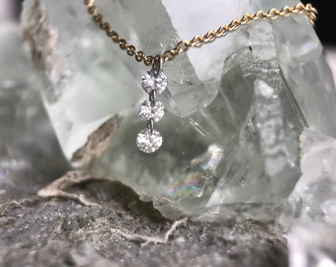 Frameless Three Diamond Linear Necklace