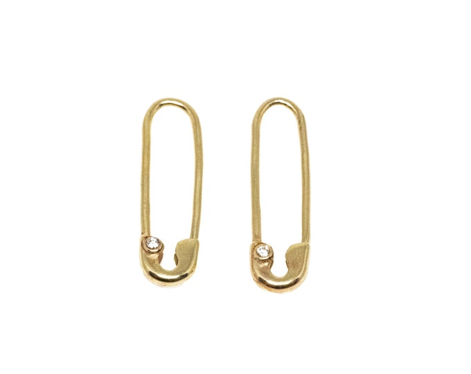 Gold and Diamond Safety Pin Earring (Single)