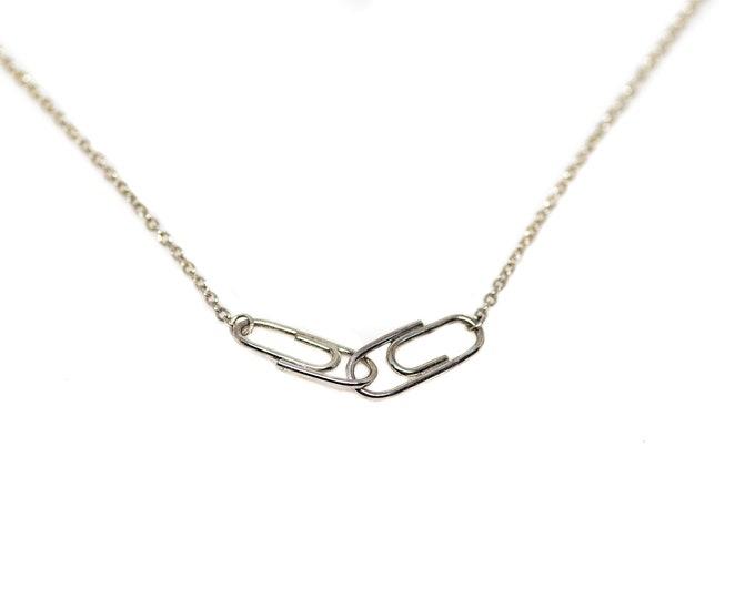 Silver Mini Interlocking Paperclip Charm Necklace