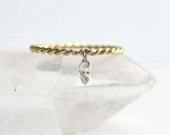 Gold Frameless Diamond Stackable Ring