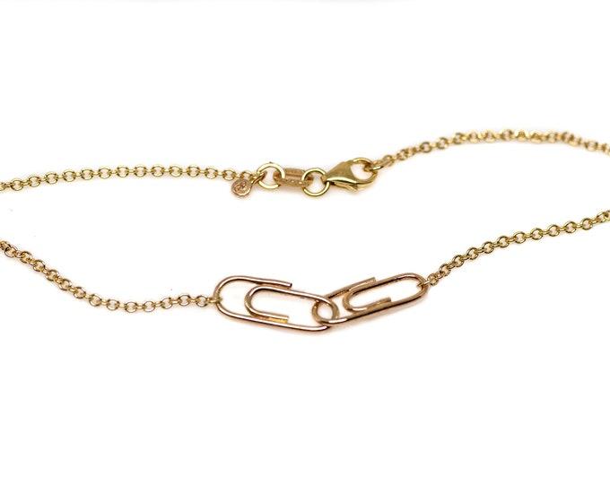 Gold Mini Interlocking Paperclip Charm Bracelet