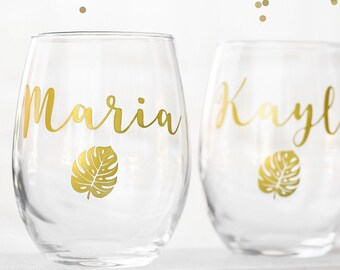 Custom wine glasses, bridal set, personalized cups, bridal shower gift, wedding gift, wedding favors, destination wedding, tropical cup