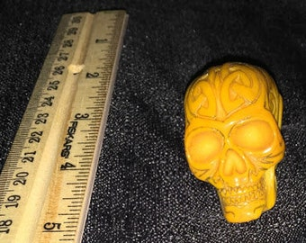 Small Yellow Skull with Celtic Knots