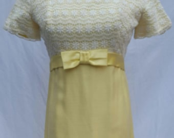 1960's Yellow Gown white White Lace & Large Satin Bow, 1960's Prom Dress