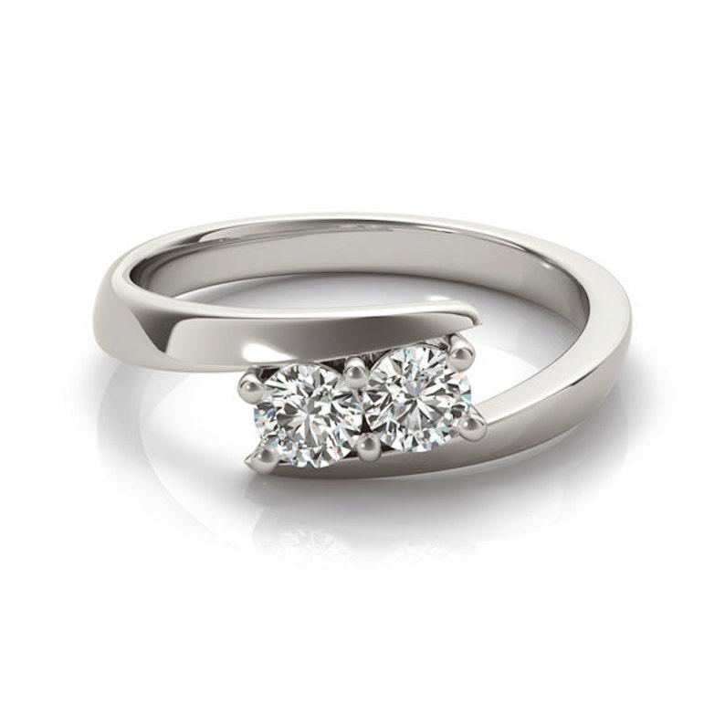 Duo Swirl Round Diamond Friendship /& Love Ring