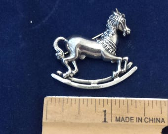 Search For Flights 925 Sterling Silver Three Horses For Good Luck Pin Brooch Jewelry & Watches Fine Pins & Brooches