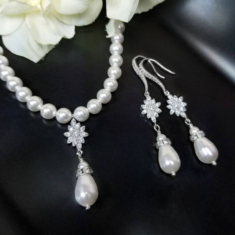 e1437ecabf511 Dainty Pearl Bridal Necklace, Necklace and Earrings Set Pearl, Pearl  Necklace Set, Delicate Pearl Jewelry Sets, 6mm Pearls, 16 18 20 inches