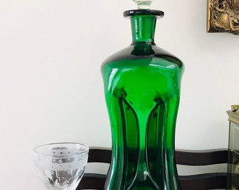 e1bced704a1 Antique decanter