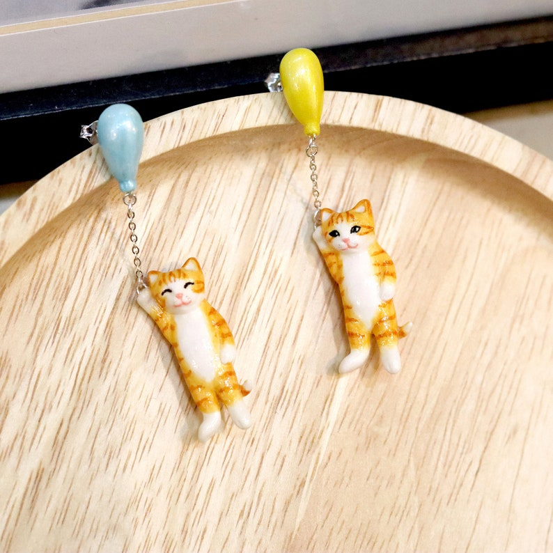 Orange cat with balloon Earrings  Balloon cat collection image 0