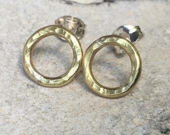 Open circle brass studs, brass hoop earrings, hammered Brass circle earrings,Hammered round brass studs