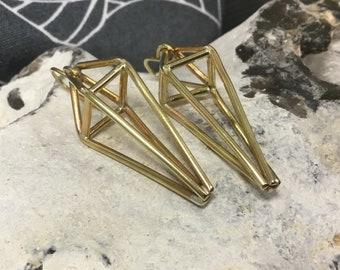 Pyramid earrings,himmeli earrings,3d brass earrings,steampunk earrings, Triangle earrings