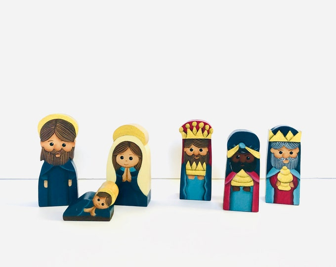 "Small wood ""Vino Tinto"" Nativity 6 Pieces Set. Handmade and   Hand painted by  Venezuelan Artist. 5"" x 2.5"" inches"