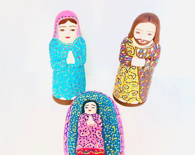Arte Popular from Venezuela Original Handmade -  Full of Details. Colored Wood  3 pieces Nativity Scene #4