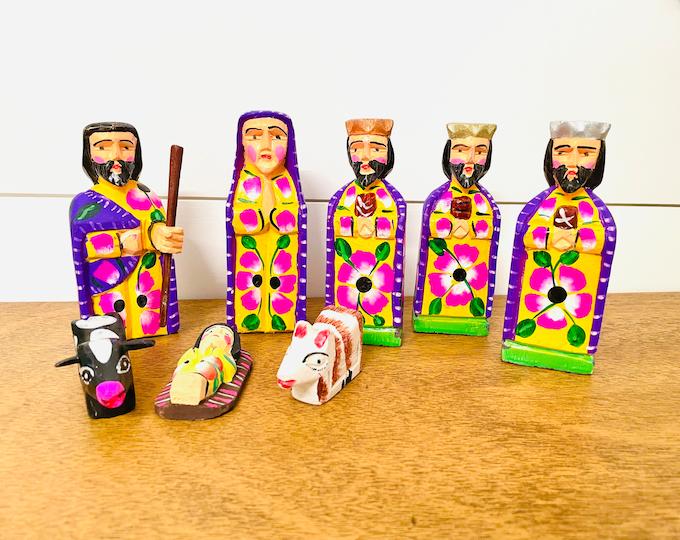 Medium Yellow/Purple Handmade  and hand painted in Guatemala Venezuela. Wood Nativity 8 Pieces Set  from Guatemala.