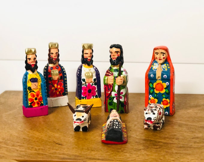Colorful Handmade and hand painted in Guatemala Venezuela. Wood Nativity 8 Pieces Set. Collaboration Fair Trade Group from Guatemala.