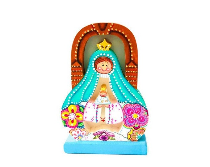 Virgin  Mary Sweet Colors.  Wood Carving Handmade and painted by Venezuelan Artist.
