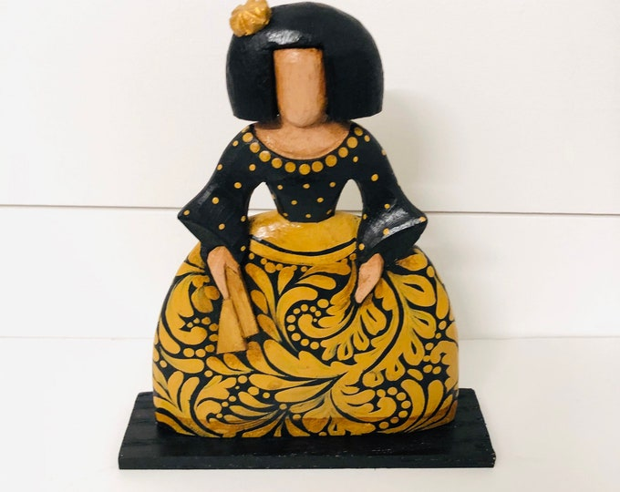 MENINA  (Gold) handmade in Venezuela . Wood Statue. 6.5 inches x 4.5 inches