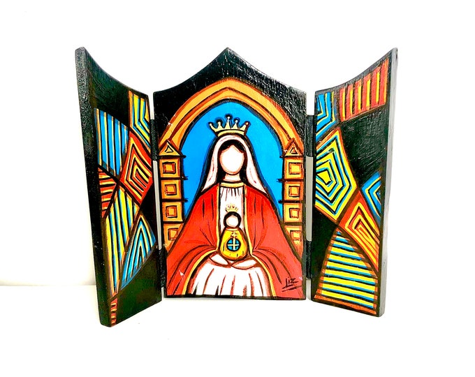 "Wood triptych with Virgen  de Coromoto -Our Lady of Coromoto  ""Retablo"" . Handmade and Hand painted by venezuelan artist."