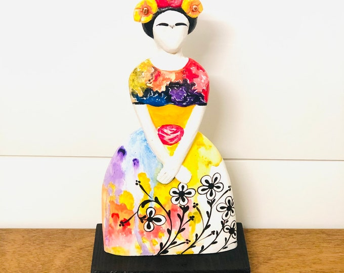 Frida Kahlo handmade in Venezuela . Wood Statue. 10  inches x 5 inches