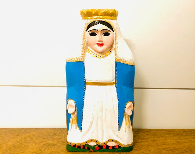 Solid Virgen Milagrosa - Miraculous  Virgin Mary. Handmade and Hand-painted in Venezuela. Spectacular details. Aprox 8' by 4'