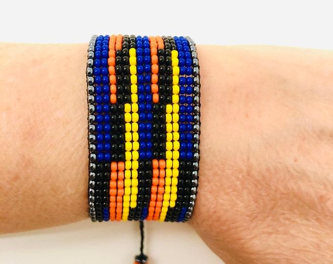 Bracelet Carlos Cruz Diez. (Blue)  Handmade with Czech beads on a wax rope by venezuelan artist.