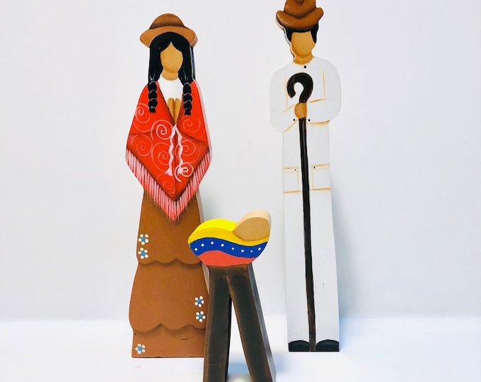 Hand made wood ANDINO (#1)  Nativity 3  Pieces Set. Created by V. Verna  Venezuelan Artist.