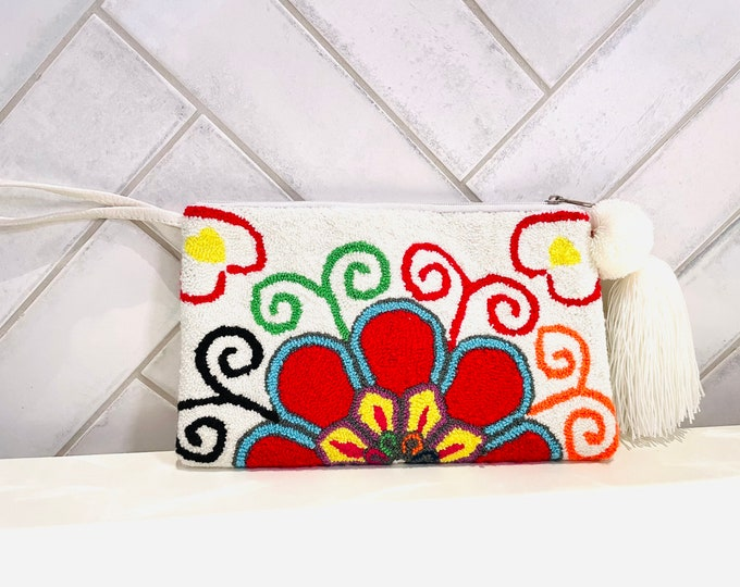 Original  Wayuu Clutch Bag  - Colorful Design  Handmade in Colombia