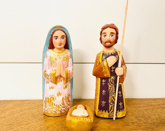 Andino Nativity. Handmade  and hand painted in Venezuela. Wood Nativity 3 Pieces Set .