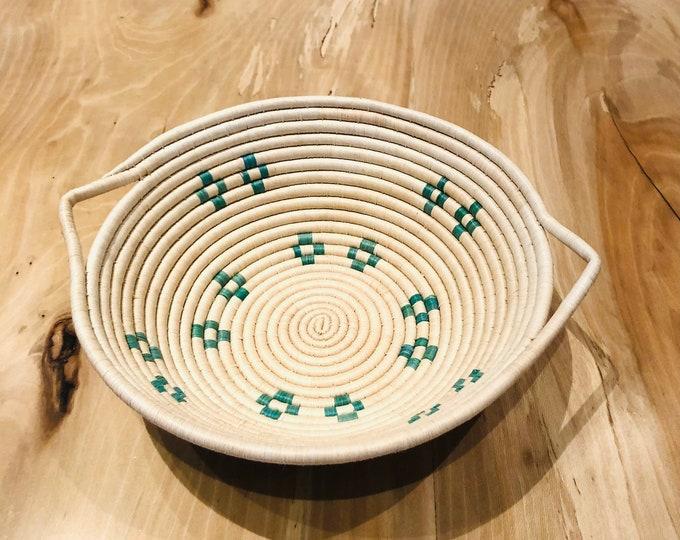 New Desing- Warao Indian Baskets  (Delta del Orinoco, Venezuela) Aprox 12 Inches