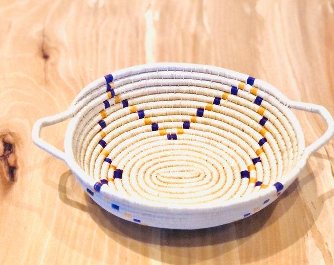 Blue Yellow Colors  Warao Indian- Aboriginal Basket (Delta del Orinoco, Venezuela) Aprox 6.5 Inches