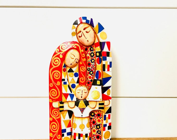 The Klimt Holy Family Wood carved Handmade and painted by Venezuelan Los Andes artist. 8 inches