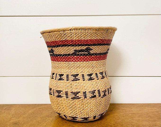 Yekuana  Beige Wo-Wa  Basket - Ethnic Collection  7 x 6.5  Inches aprox