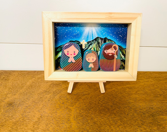 Nativity in a BOX Cruz Diez. Beautiful  Nativity  Scene with colorful wood box handmade by Venezuelan artist. 3 pieces + box + Stand + Stand