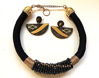 Bib necklace, statement necklace, Black Necklace, Choker Necklace, Beded Necklace, African Necklace, Tribal Necklace, Ethnic necklace