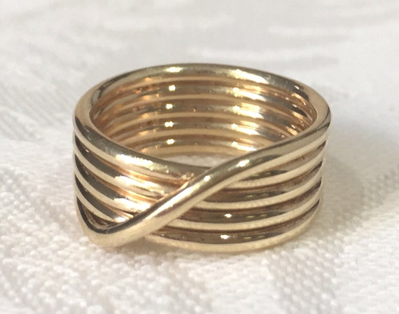 10k or 14k Real Yellow Gold Swoop Circle Beautiful Designer Ladies Ring