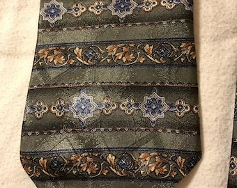 Vintage Green Ketch Necktie