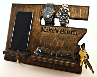 Personalized Gift, Gifts for Him, Mens Gift, Valentines for Him, Wood docking station, Anniversary Gift, Valentines Day Gift, Personalized