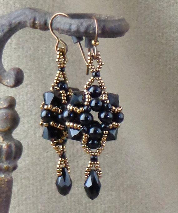 Beaded Black and Bronze Earrings, Handmade Beaded Earrings, Victorian-style earrings made in the style of mourning jewelry, black Earrings